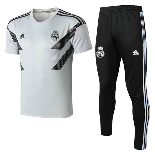 Camiseta cfb3 C910 + Pantalones Real Madrid 2018/19